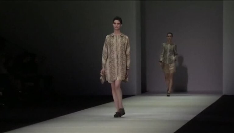Armani modes skate Milānā