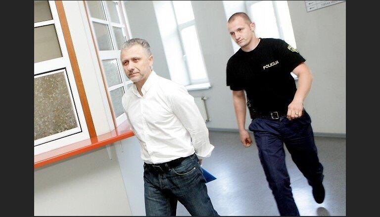 'Latvenergo' kukuļošanas lietā atstāj spēkā cietumsodus visiem trim apsūdzētajiem