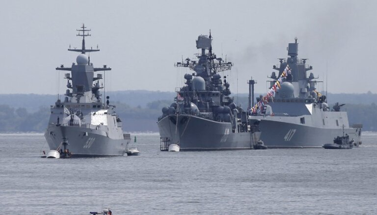 Российский фрегат с вызывающим рвоту оружием провел учения около Шотландии