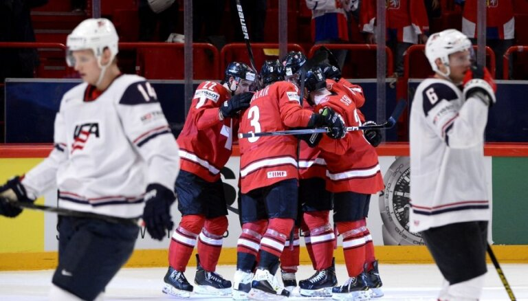 Šveices hokejisti pēc 78 gadu pārtraukuma iekļūst PČ finālā