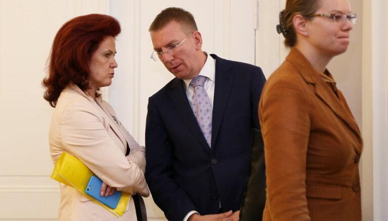 """Пока Аболтиня не откажется, никто из """"Единства"""" на пост премьера Латвии претендовать не станет"""