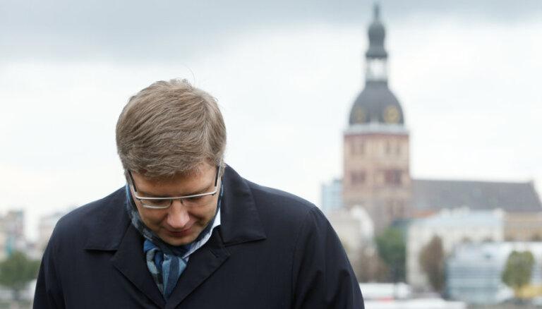 Нил Ушаков. О разбившемся самолете и терактах в Париже