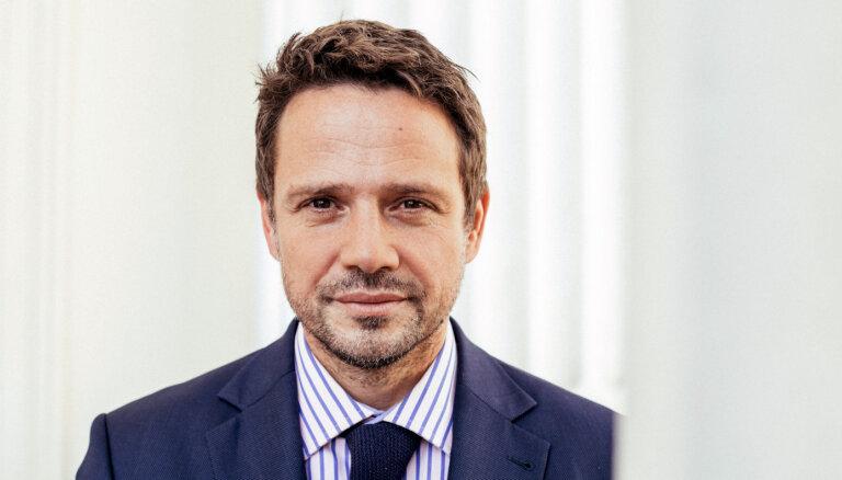 Polijas liberāļi prezidenta amatam virza Varšavas mēru Tšaskovski