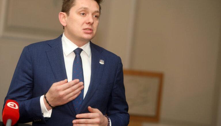 Kaimiņš aicina atteikties no Gobzema kā ministra amata kandidāta