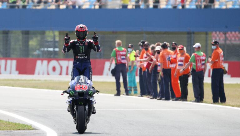 Kvartararo uzvar 'MotoGP' posmā Nīderlandē