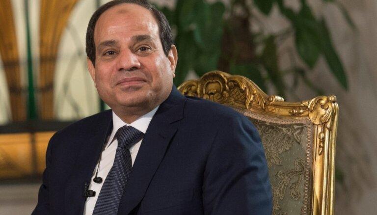 Ēģiptes līderis Sisi vēlas militāru intervenci Lībijā