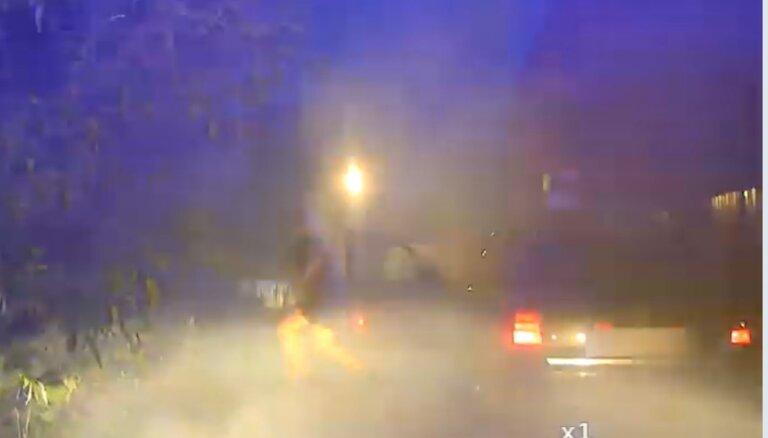 Video: Pakaļdzīšanās Rēzeknē; policija aiztur dzērājšoferi