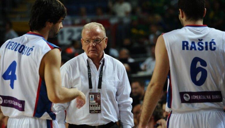 Miris izcilais serbu basketbola treneris Ivkovičs