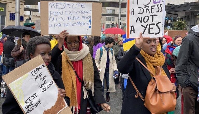 'Delfi' Briselē: Starptautiskajā sieviešu tiesību dienā arodbiedrība sauc divu dienu streikā