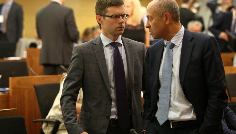 Теперь официально: за кресло мэра Риги будут бороться Буров и Зепс