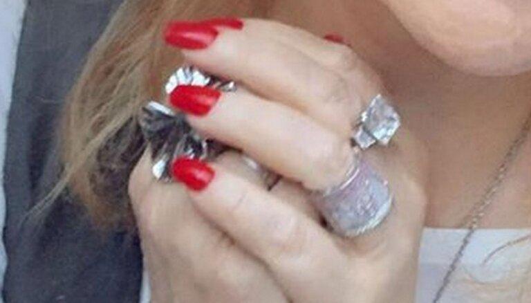 ФОТО: Пугачева засветила кольцо стоимостью в пять московских квартир