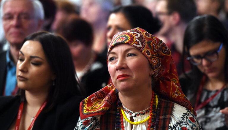 Pauž iniciatīvu terminu 'mazākumtautības' aizvietot ar 'Latvijas tautām'