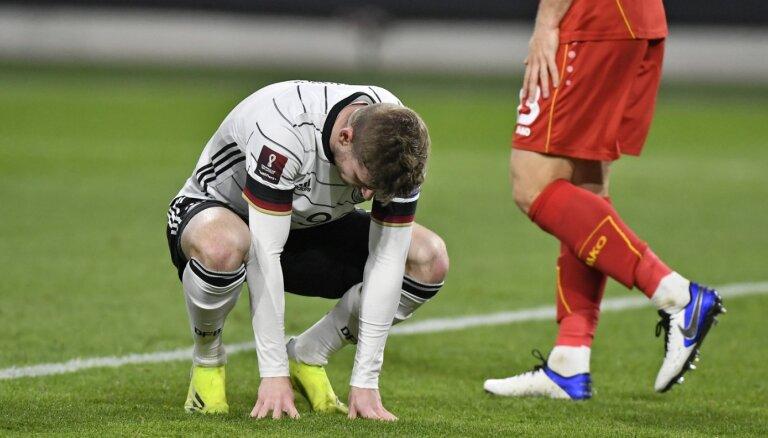 Vācijas futbolisti šokējoši zaudē Ziemeļmaķedonijai; Armēnija turpina perfekti