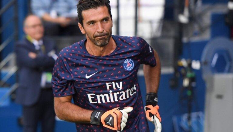 Leģendārais Bufons Francijas čempionātā debitē ar 'sauso' uzvaru