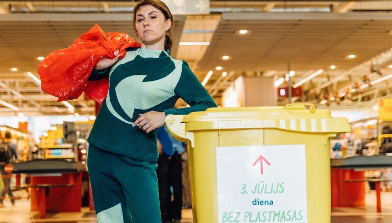 Aicina nodot mājās uzkrātos plastmasas maisiņus