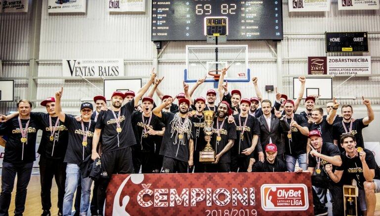 'VEF Rīga' komanda Ventspilī izcīna sesto kluba LBL čempionu titulu