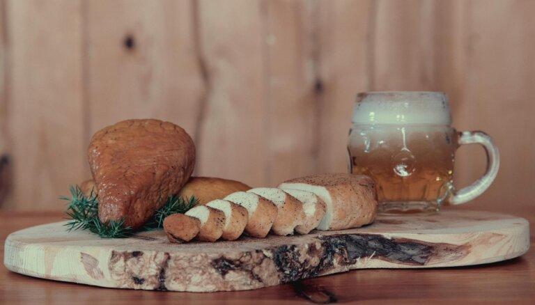 Lietuvas garšas: kūpināts biezpiena siers