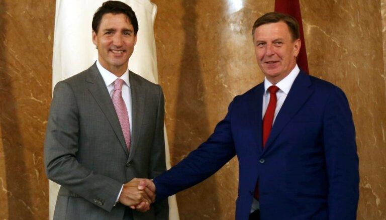 Kanāda pagarina NATO kaujas grupas vadību Latvijā