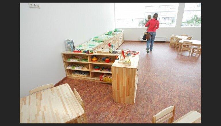 LM finansēs 150 bērnu pieskatītājus darbam naktīs un brīvdienās