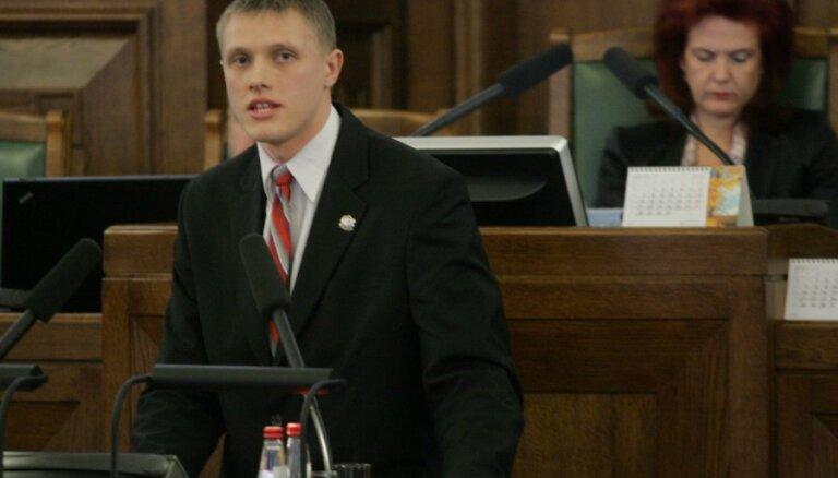 Домбрава обвиняет латвийский МИД в русофилии