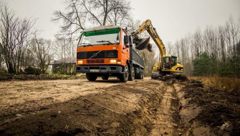 Международный экономический форум: латвийские дороги — одни из худших в мире