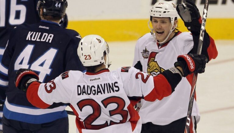 Daugaviņam rezultatīva piespēle 'Senators' uzvarā pār Kuldas 'Jets'