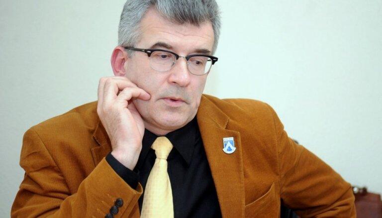 No amata gāž Bauskas novada domes priekšsēdētāju Ābelnieku