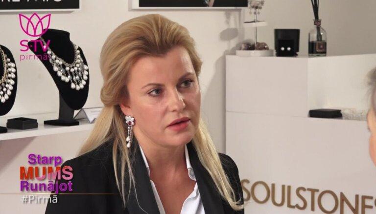 Agnese Zeltiņa: vīriešus nedrīkst kritizēt, jo tas jebkuru dzen stūrī