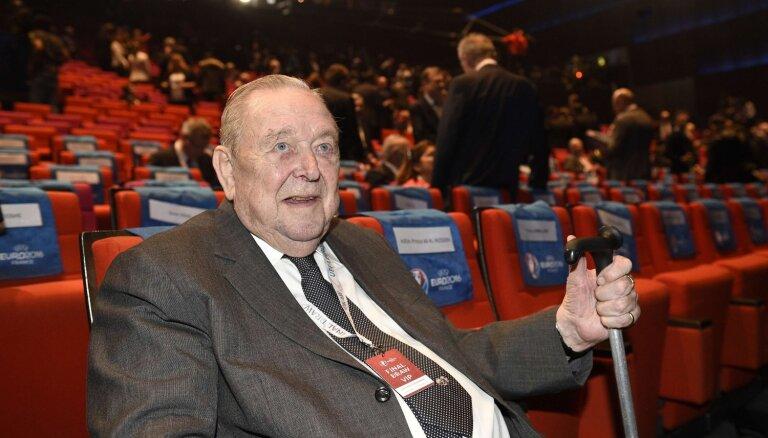 Miris Čempionu līgas izveidotājs, bijušais UEFA prezidents Jūhansons