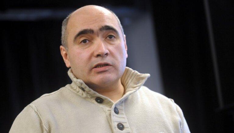 No Latvijas Krievu savienības izslēgts Iļja Kozirevs par izteicieniem, kas pretrunā partijas programmai
