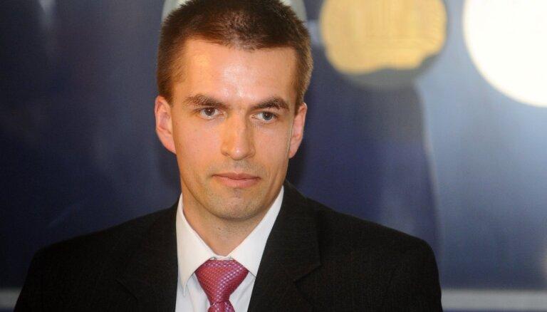 Oļegs Krasnopjorovs: Vai Covid-19 krīze palielinās emigrāciju no Latvijas?