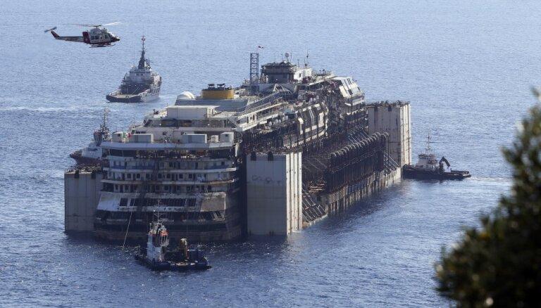 ВИДЕО: Транспортировка Costa Concordia с высоты птичьего полета