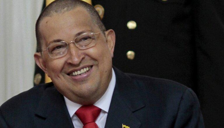 Посланник Путина срочно полетел к больному Чавесу