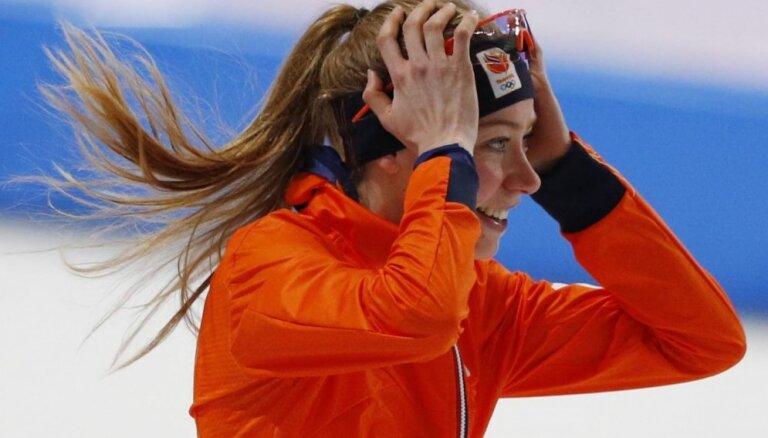 Nīderlandes ātrslidotājas turpina vākt Phjončhanas spēļu zelta medaļu 'ražu'