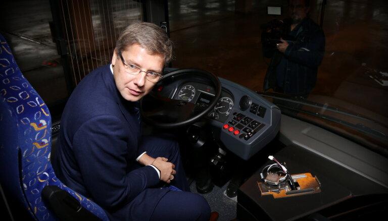 Prasa atslepenot advokātu atzinumu par iespējamo vēršanos pret bijušo 'Rīgas satiksmes' valdi