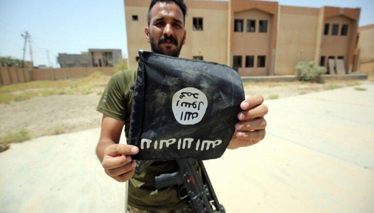 Francija piegādās Irākai ieročus cīņai pret 'Daesh'