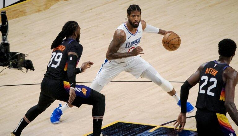 'Clippers' neļauj 'Suns' noslēgt Rietumu konferences finālsēriju