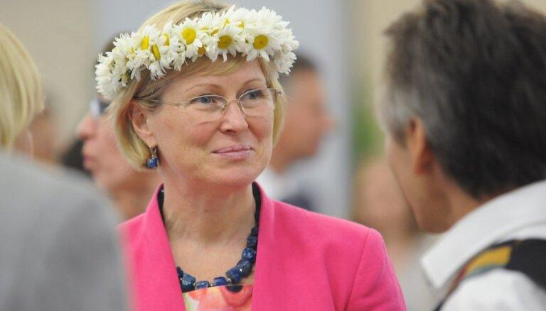 Члены VL-ТБ/ДННЛ возмущены участием Яунземе-Гренде в приеме Вешнякова