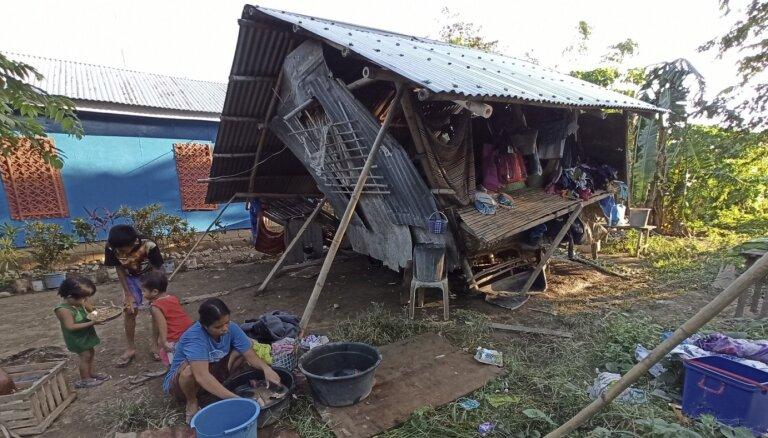 Filipīnās taifūnā bojāgājušo skaits pieaudzis līdz 50