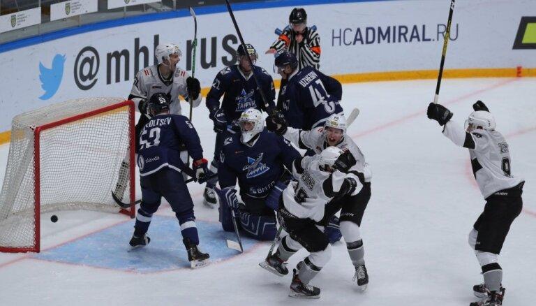 HK 'Rīga' pārliecinoši uzvar un izkaujas MHL spēlē Habarovskā