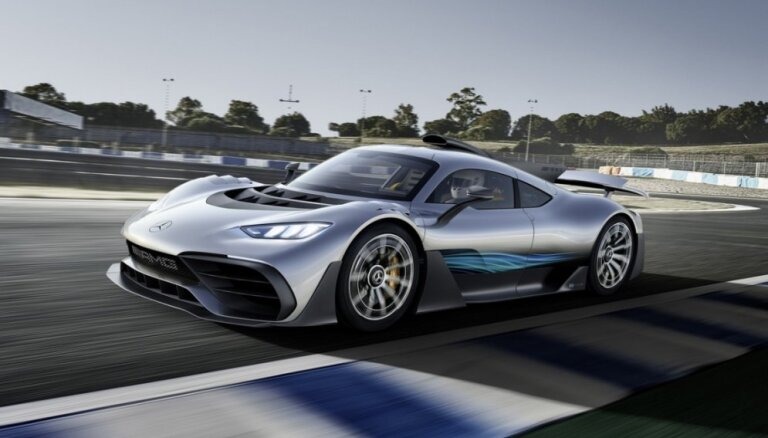 'Mercedes-AMG' pirmais superauto par 2,3 miljoniem eiro