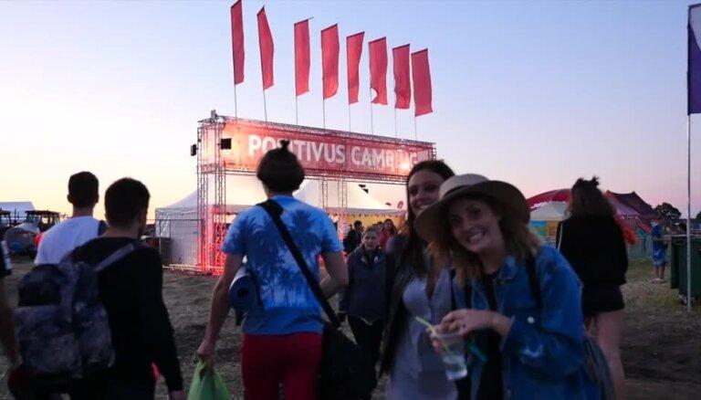 Video: 'Positivus' telšu pilsētiņā iegriež vakara ballīte