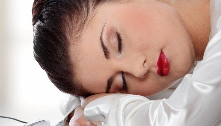 Каждый второй житель Латвии страдает от дефицита сна