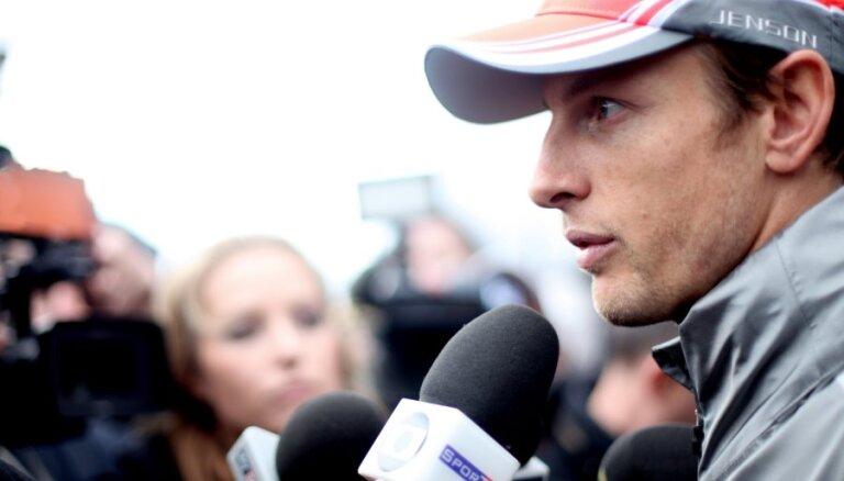 Batons satraukts par jauno 'McLaren' bolīdu