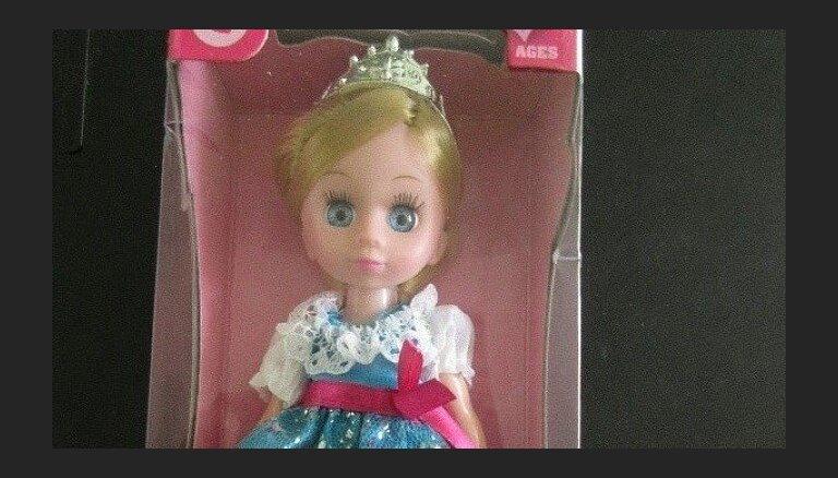 Опасную куклу изымают из продажи в Риге: может навредить репродуктивному здоровью
