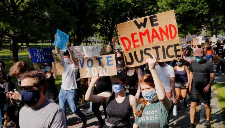 ASV turpinās pamatā miermīlīgi protesti pret rasismu; akcijas notikušas arī Eiropā