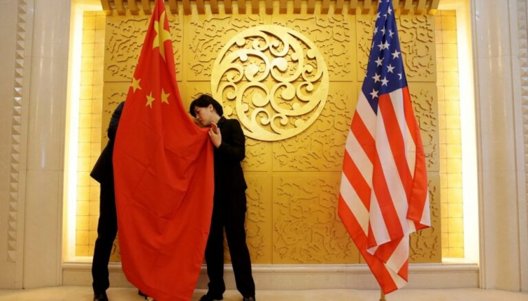SVF: ASV un Ķīnas tirdzniecības karš apdraud pasaules ekonomikas izaugsmi