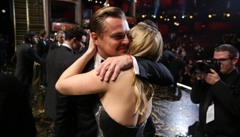 Kā Keita Vinsleta par Dikaprio 'Oskaru' priecājās