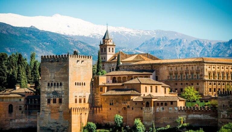 Зимняя Испания: зачем и куда в ней ехать в это время года - 4 варианта