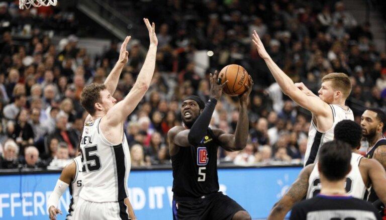 Jaunais tētis Bertāns palīdz 'Spurs' gūt ceturto uzvaru pēc kārtas